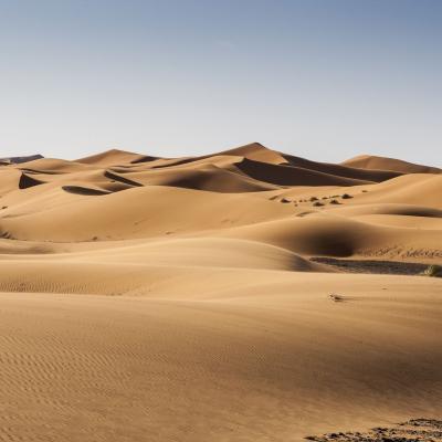 Listening to dunes
