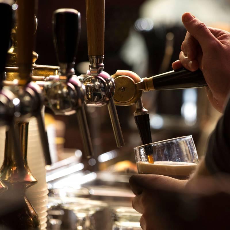 Pubs & Clubs